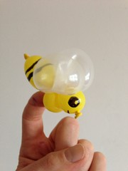 balloon bee