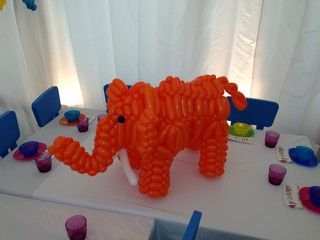 balloon mammoth